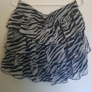 White and black zebra skirt XL
